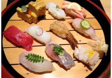 Из какой рыбы готовят суши?